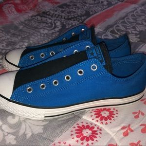 Blue and black low top Converse